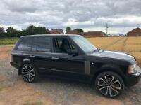 Range Rover vogue tdv8 with 17 stamp full service history!