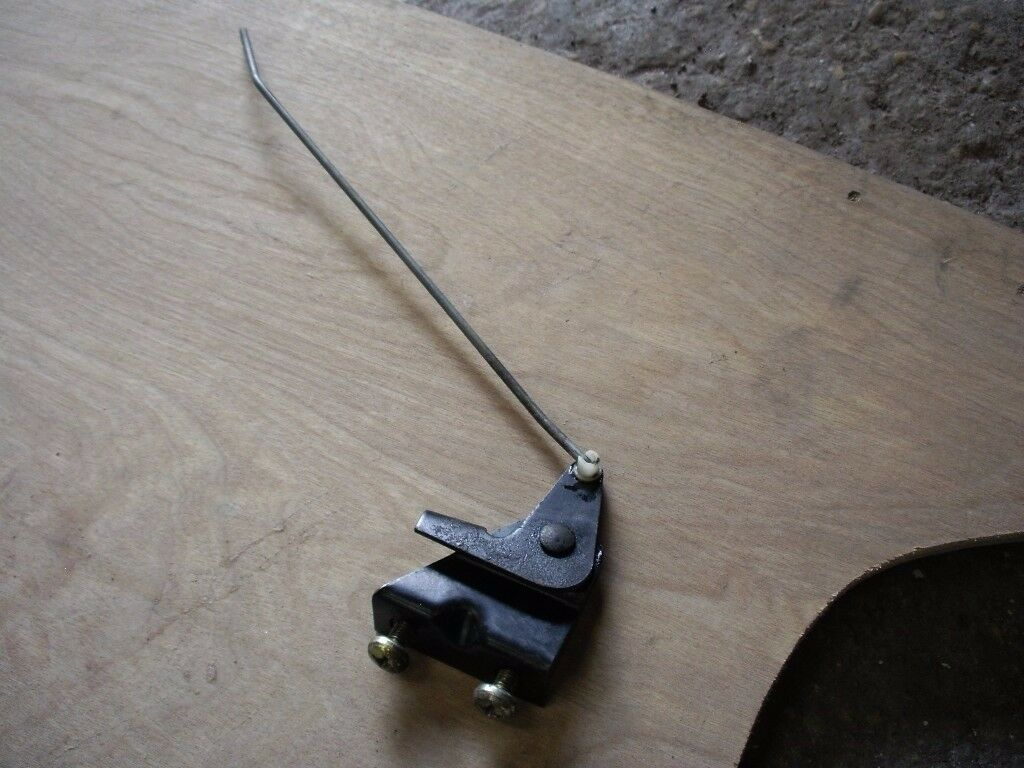 MK1 GOLF GTI CABRIOLET BOOT PUSH ROD ASSEMBLY