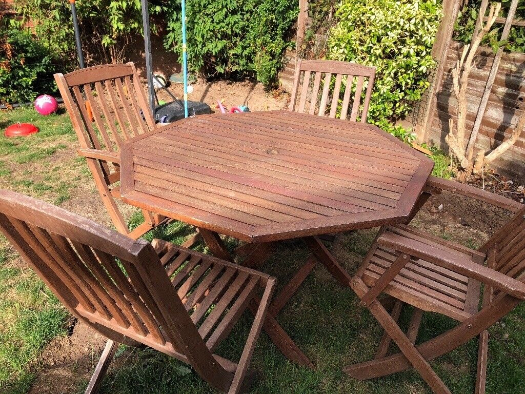 Phenomenal Wooden Garden Hexagon Table And Folding Wooden Chairs In Worcester Worcestershire Gumtree Pdpeps Interior Chair Design Pdpepsorg