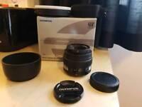 Immaculate Olympus Zuiko 50mm F2 macro Lens