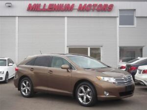 2012 Toyota Venza V6 AWD / LEATHER / SUNROOF / BACK-UP CAM