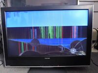 """32"""" Toshiba TV 32WLT66 Faulty Television - Calls only"""
