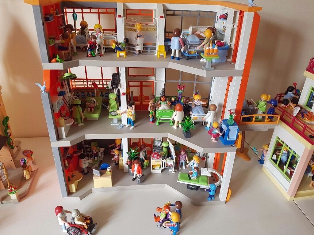 Playmobil Childrens Hospital Fully Furnished Brand New