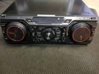 Lg extreme power mini HiFi system cm8350