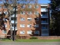 Very spacious unfurnished 2 double bed flat with garage in Surrey Road just £825pcm