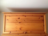 Wooden storage box/bedding or toy box
