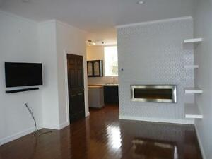 Fabulous 2 Bedroom Condo in the heart of downtown.