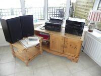 Technics 980CD HiFi Sound System and Turntable.