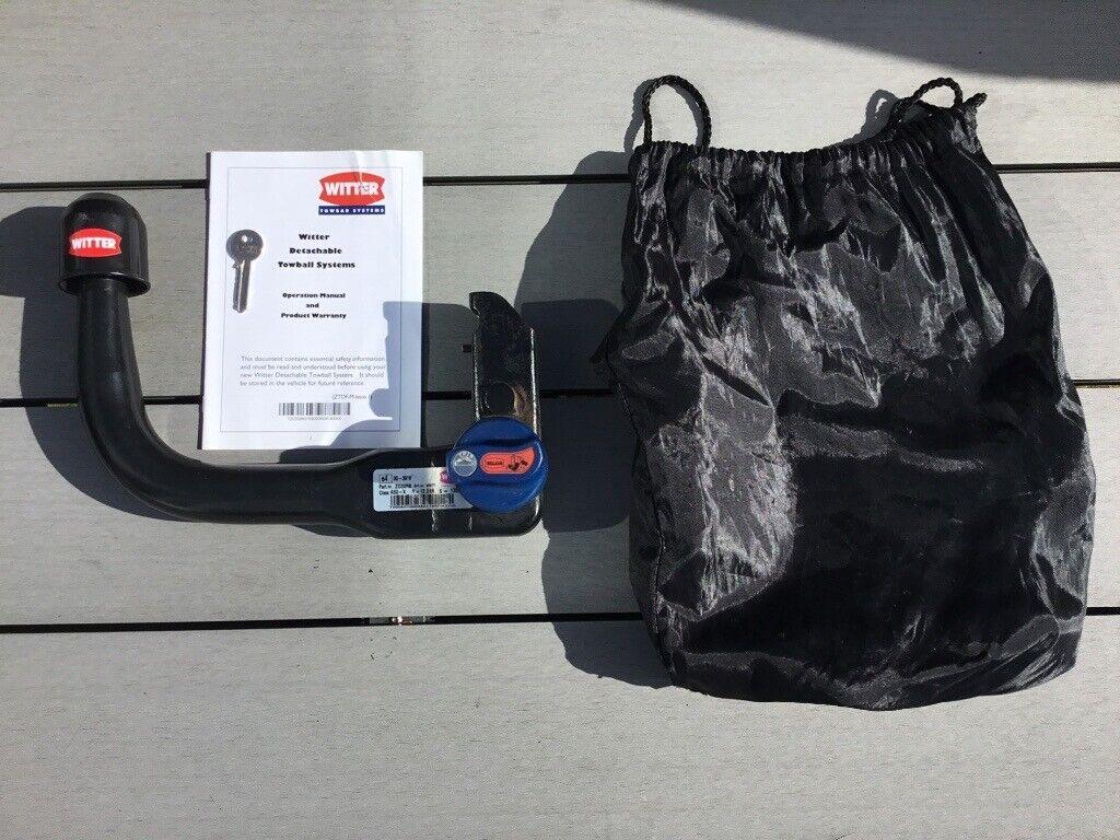 Detachable Towbar Neck Bag