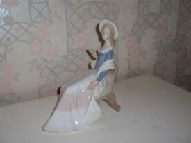 Delicate Sitting Lady Ornament