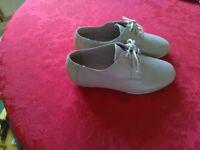 assortment of new ladies size 5 shoes unworn