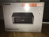 Canon Printer PIXMA MG3250 in excellent conditions