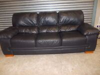 Large Black Leather 3+2-seater Suite