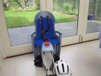 Hamax Siesta bike seat with helmet