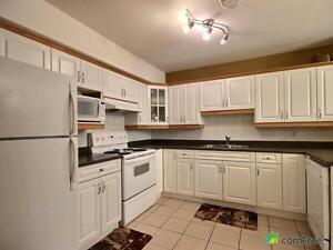 $229,000 - Townhouse for sale in Edmonton - Southeast Edmonton Edmonton Area image 3
