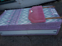 SINGLE DIVAN BEDS IN YEOVIL PAIR OF DIVAN SINGLE BEDS
