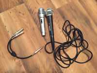 2x microphones