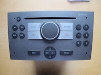 Radio CD-MP3 Vauxhall Vivaro with Code