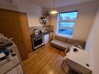 en-suite Studio flat
