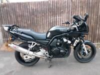 1999 Yamaha FZS600 FAZER..28580 Miles.. MOT TILL 05/19 JUST SERVICED ,NEW CHAIN AND SPROCKETS