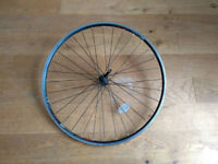 700c front wheel in excellent condition