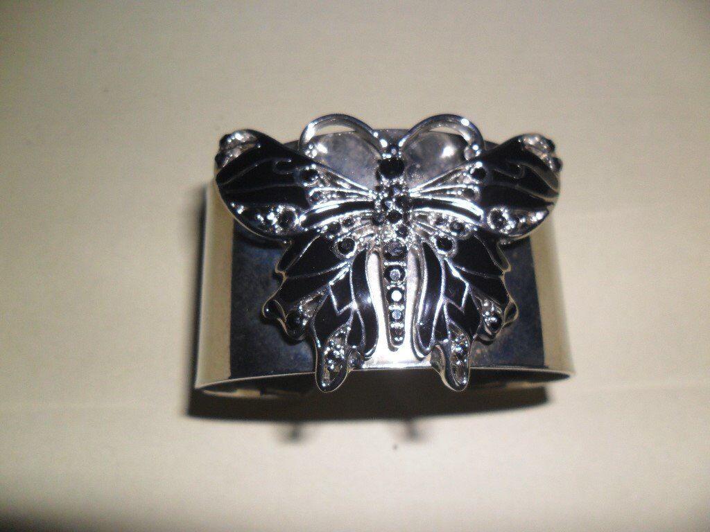 New Ladies Silver Butterfly Wrist Bracelet