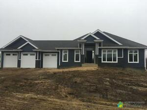 $567,000 - Price Taxes Included - Bungalow in Beaver County Strathcona County Edmonton Area image 2