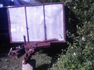 Solid dumptrailer to hold 1.5 cord or more