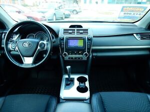 2013 Toyota Camry SE | NAVIGATION | ONE OWNER | ACCIDENT FREE Kitchener / Waterloo Kitchener Area image 9