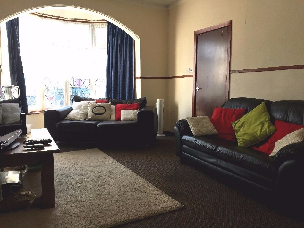 WELL PRESENTED ROOM AVAILABLE SITUATED ON SELSEY ROAD, EDGBASTON