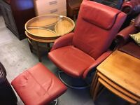 RETRO STYLE RECLINING SWIVEL CHAIR WITH FOOTSTOOL