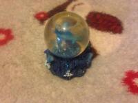Small Dolphin Water Glitter Globe