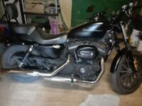 Harley Davidson 883 Iron in very good condition - Lady owner (2010 model).