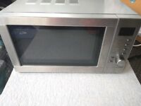 Microwave with combo oven and grill