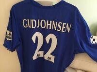 Eidur Gudjohnsen Chelsea home kit..