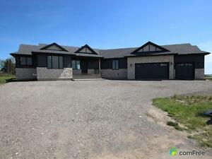 $949,000 - Bungalow for sale in M.D. of Foothills