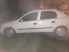 White 2002 Vauxhall Astra dti 2L