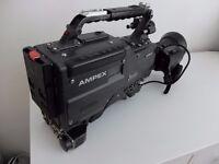 Vintage/retro AMPEX CVR-300AP BETACAM SP VIDEO CAMERA + ZOOM LENS PEGASUS II