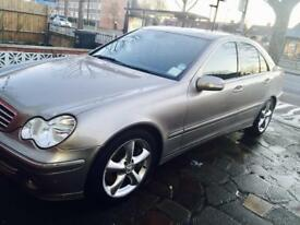 Mercedes Benz c class 220 cdi Avantgarde 2006. (Not BMW, Audi Honda, Nissan or Toyota)
