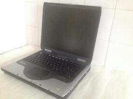 Compaq 2500 laptop - spares or repairs