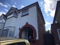 Fantastic 3 bed semi-detached house to rent ( No Housing benefit / No DSS and No Pets)
