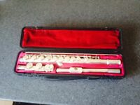 FLUTE Yamaha 211 good condition usual wear and tear