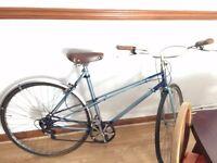 Vintage Ladies Raleigh Wisp bike