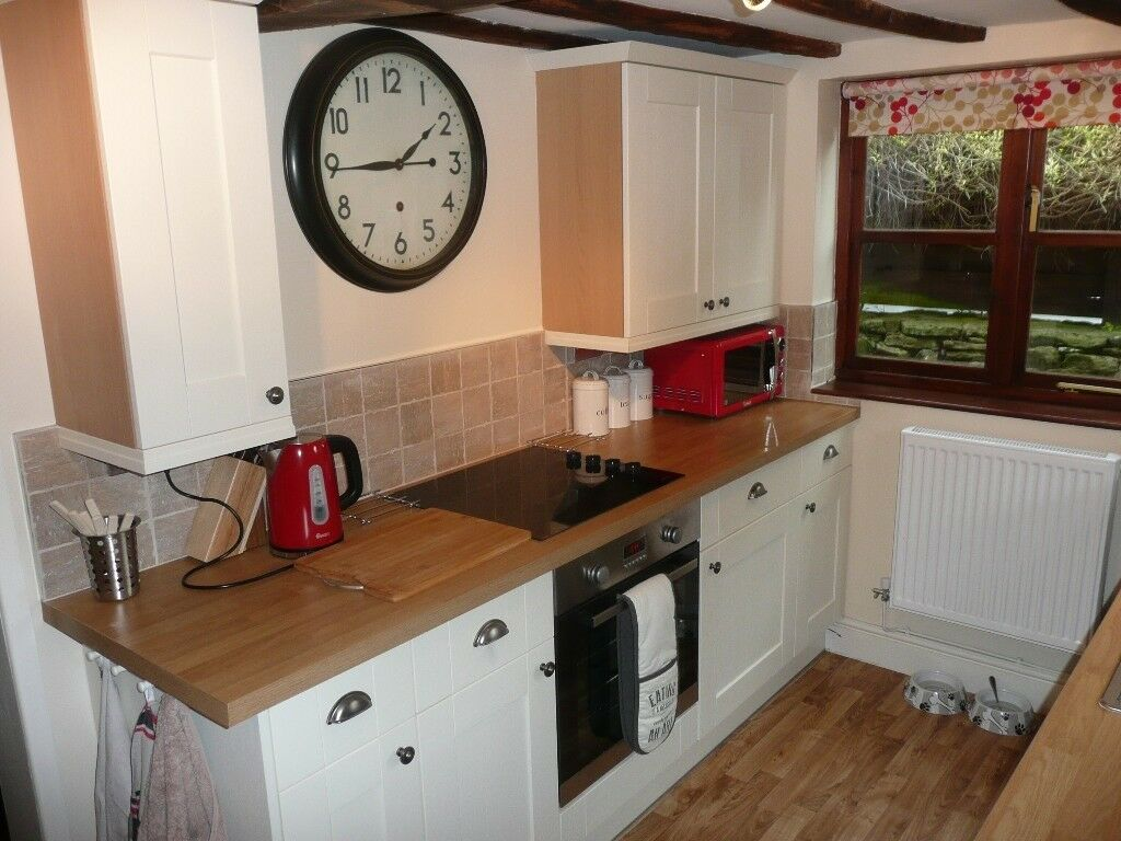 FOR SALE - 2 BED CHARACTER COTTAGE IN CORVE STREET, LUDLOW