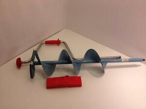 Normark Swede-Bore ice fishing auger, Made in Sweden, very good used condition, sharp and ready to go