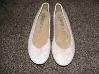 Pale Pink Dolly Shoes Size 4 Not Been Worn.