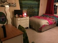 DOUBLE ROOM WITH ENSUITE WINTON SUMMER RENTAL, ENSBURY PARK ROAD