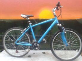 Apollo Light Weight Aluminium Hybrid Road Mountain Bike Comfort Trekking Commuter