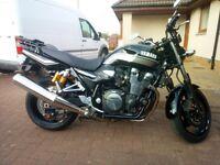 Yamaha XJR1300 BLACK MUSCLE BIKE