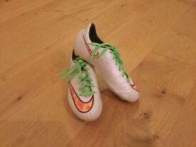 Boys Nike Mercurial Victory V FG Football Boots Size 5